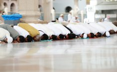 What Is The Ruling of Releasing Gas During Prayer?