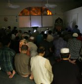 Joining the Imam in the Last Tashahhud: What to Do?