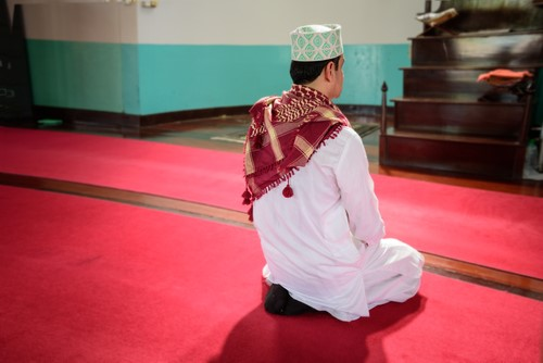 What Is the Ruling of Making Duaa After Prayer?