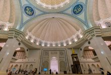 What Are the Virtues of Staying in Mosque After Fajr Prayer?