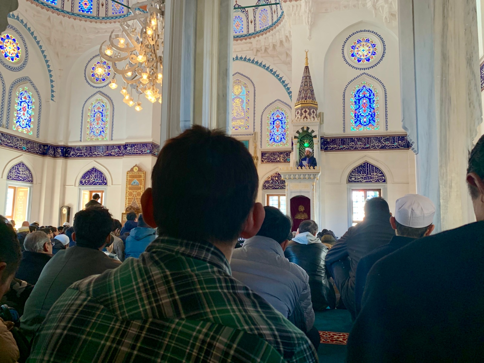 Is It Necessary That Friday Khutbah Be In Arabic