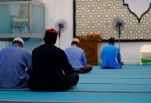 Precious Advice To Offer Prayer (Salah) Consistently