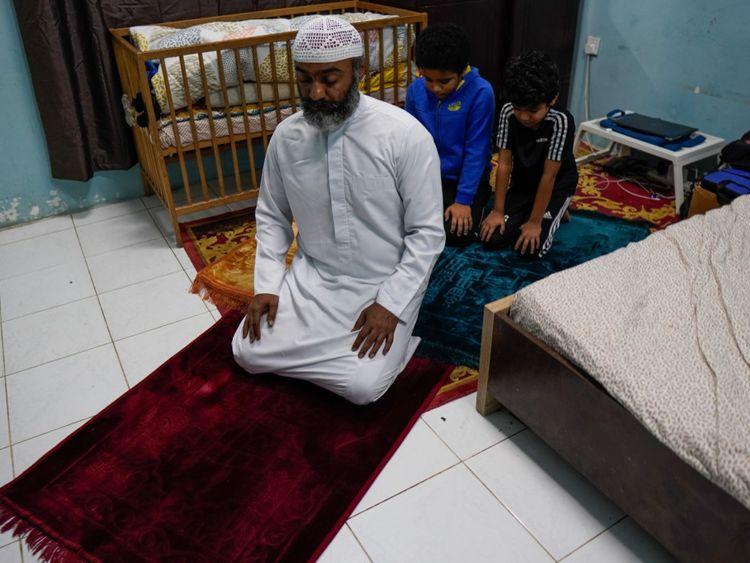 Praying Taraweeh in Congregation remotely during the lockdown