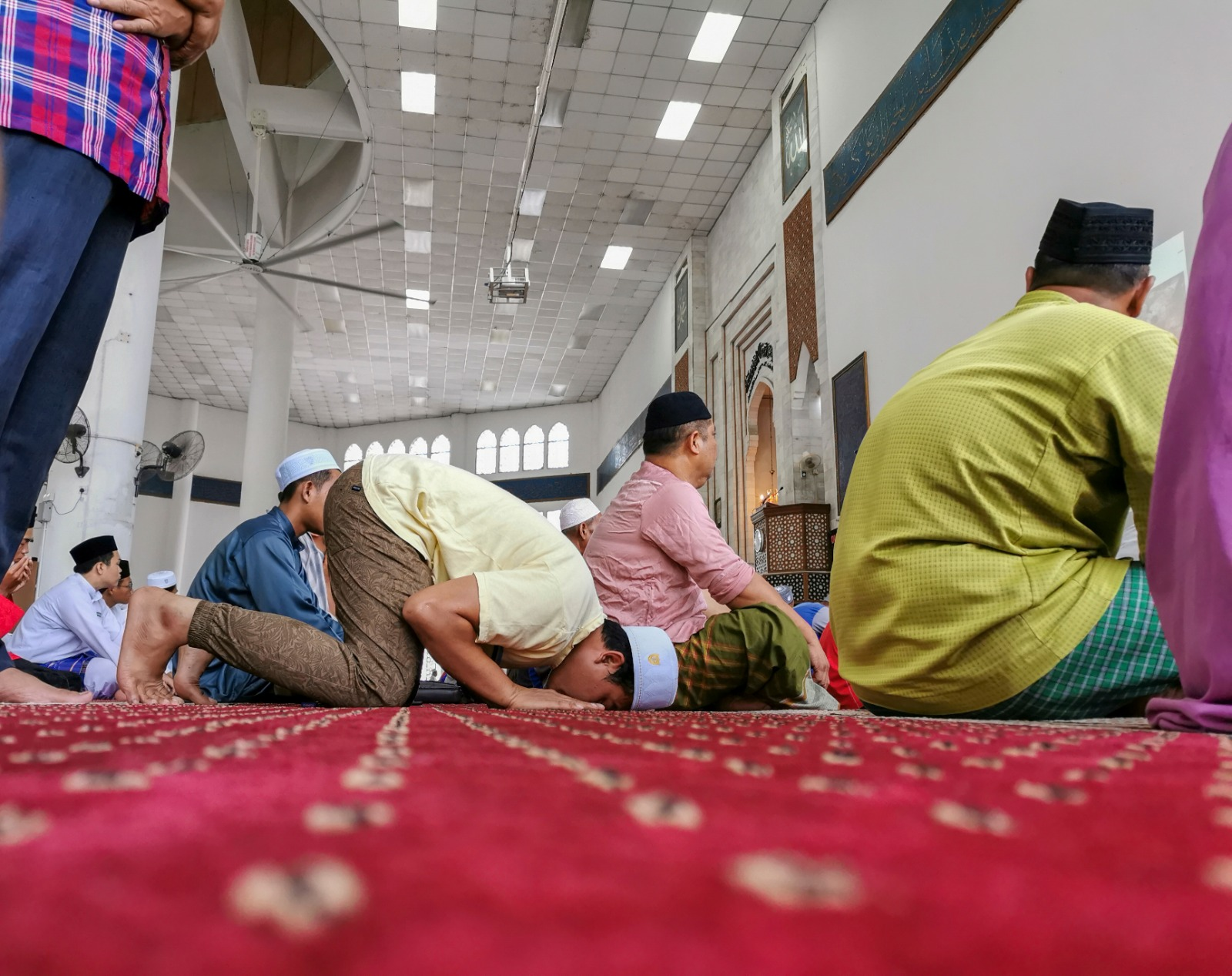 The Ruling on Missing Out the Sujud of Recitation with the Imam?